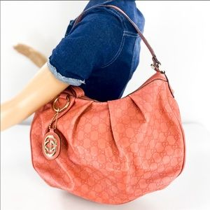 ✨LIKE NEW✨ Pink hobo style Gucci bag
